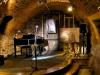 piwnica-pod-cieniami-fortepian-www-neon_-info_-pl_